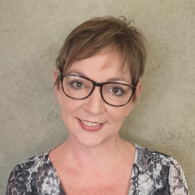 Dr. Bernadette Whitelum
